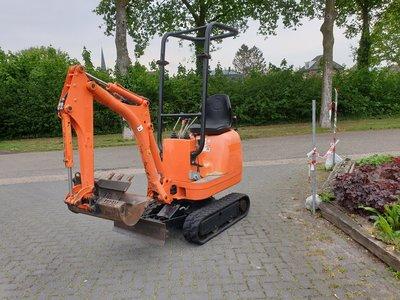 VERKOCHT Minigraver JCB 8008 CTS bouwjaar 2011