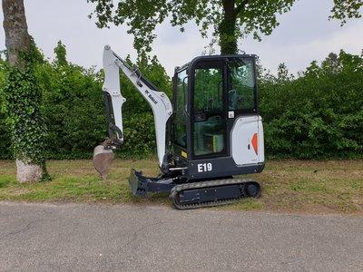 VERKOCHT Minigraver Bobcat E19 bouwjaar 2015